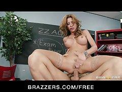 Brazzers - seksas alkanas mokytojas aleksa nicole dulkina studentas