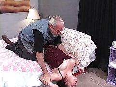 seksualus, storas brunetė yra privalomas ir pakliuvom ant lovos vyresnio amžiaus dude