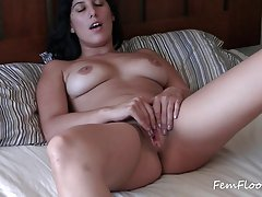 Veronica paskambina orgazmo suprises